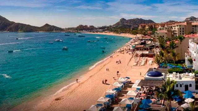 Contemplan autoridades vender droga en destinos turísticos de México