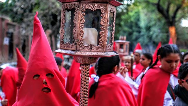 La Procesión del Silencio presenciada por todo Morelia
