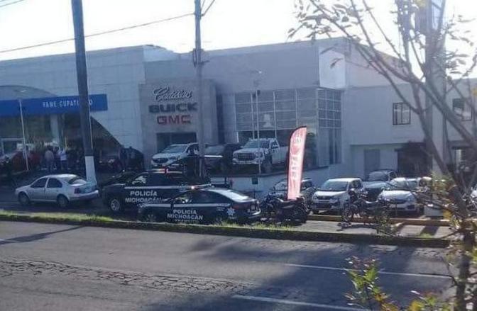 Vinculan a proceso a siete sujetos por robo a autos Fame de Uruapan