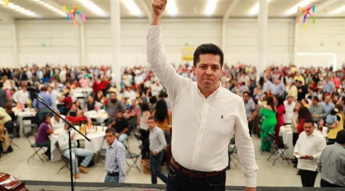 Toño García une al PRD con discurso en su posada Navideña