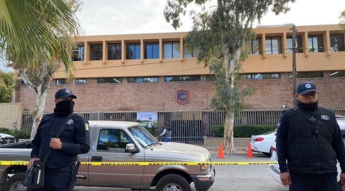 Detienen a abuelo de niño que mató a maestra en colegio de Torreón; podría ser condenado a una pena de 18 a 35 años de prisión